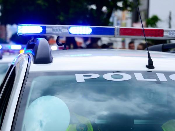 Четирима са задържани, след като отправяли заплахи за убийство на