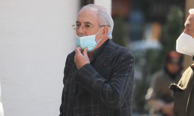 След размяна на реплики отстраниха Лютви Местан от заседанието