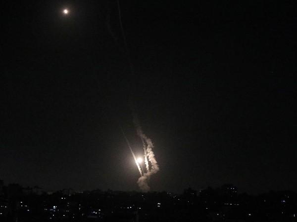 Продължават въздушните удари и ракетният обстрел в резултат на напрежението