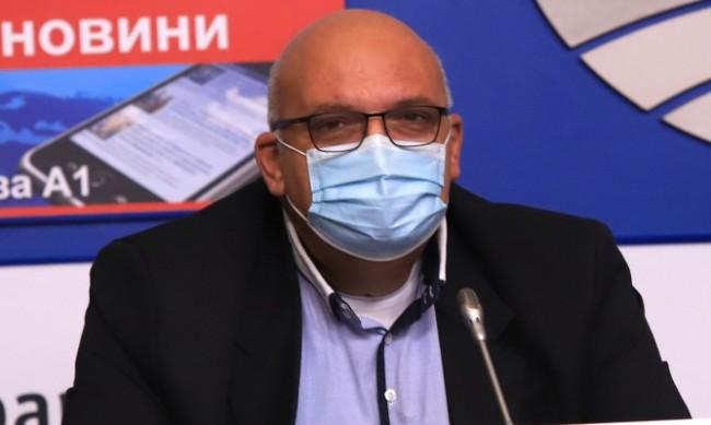 """Д-р Брънзалов: Ваксините на """"Пфайзер"""" са по-удобни за лекарите"""