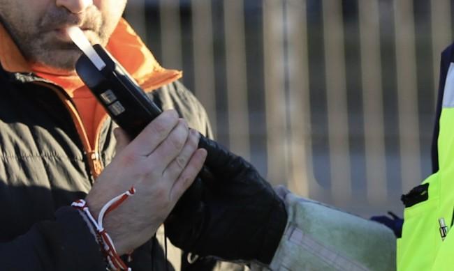 Задържаха пиян шофьор, предизвикал катастрофа в Пазарджишко