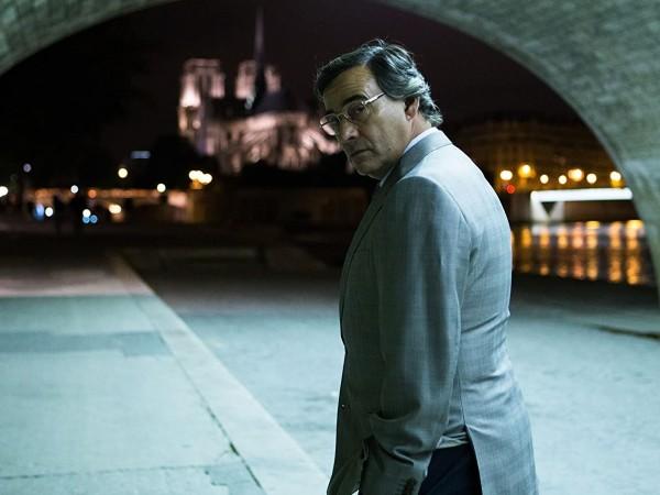 """Дълбоко в политическите интриги ни въвлича Алберто Родригес в """"Човекът"""