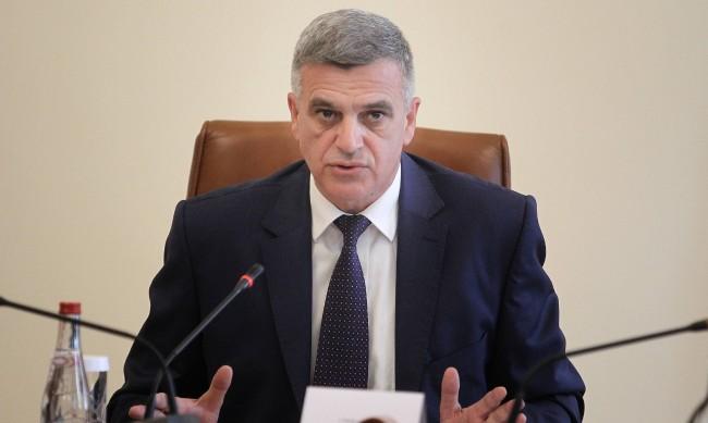 Служебният премиер Стефан Янев сред подслушваните политици