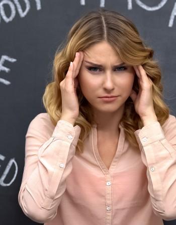 Хормонален дисбаланс: Кои знаци да не пренебрегвате?