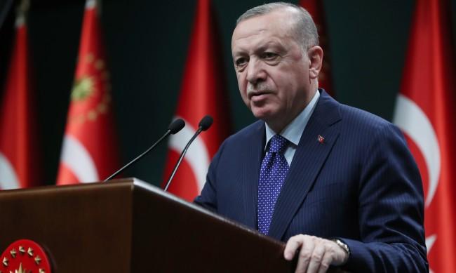 Може ли един мафиот да свали управляващите в Турция?