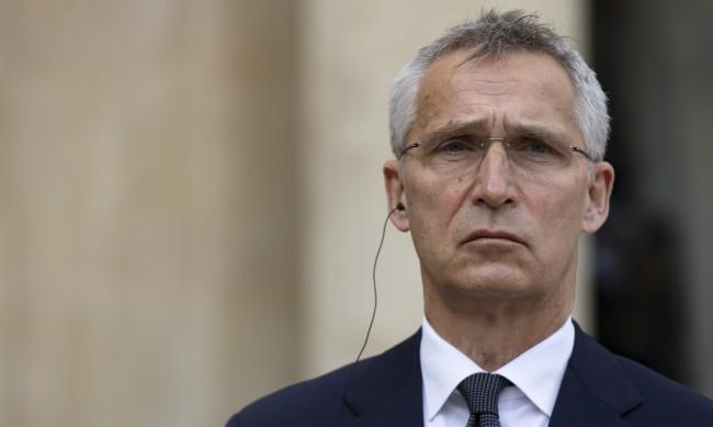 НАТО: Отклоняването полета на Протасевич е държавно отвличане