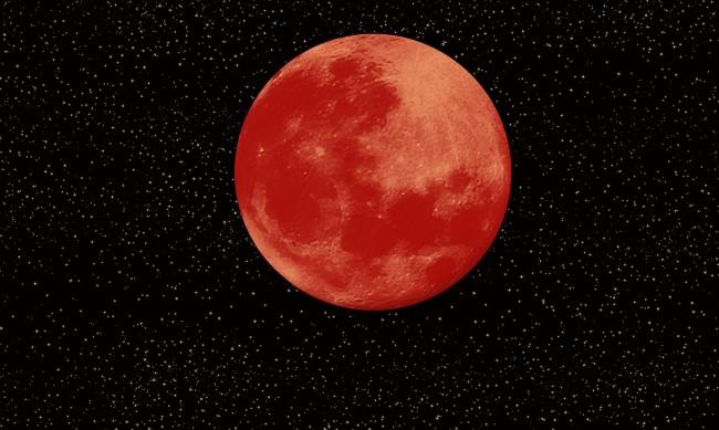 Кървавата луна носи голям късмет на 4 зодии