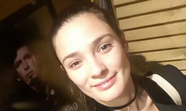 Близки и приятели се сбогуват с Лорина Камбурова