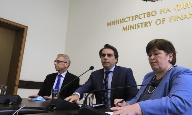 Василев: Бюджетът към май вече е със сериозни проблеми