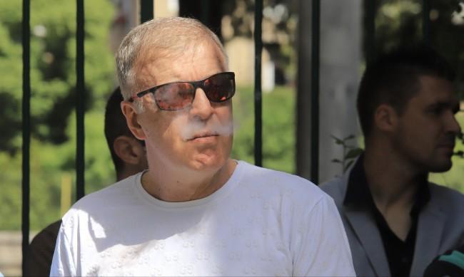 Джоузеф Диксън ли ще е новият собственик на Левски?
