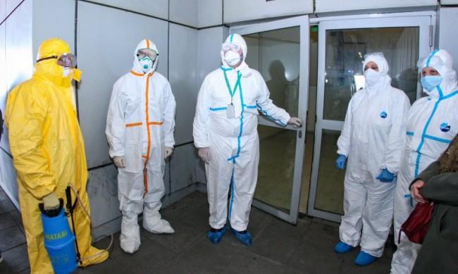 Британското разузнаване: Възможно е COVID-19 да е излязъл от лаборатория