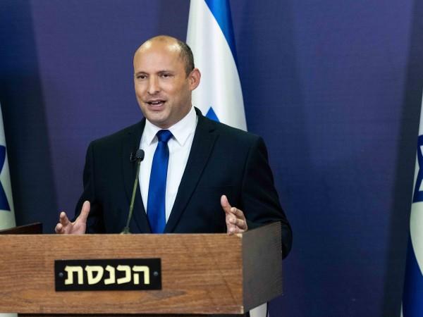 Лидерът на твърдолинейната десница в Израел Нафтали Бенет обяви подкрепа