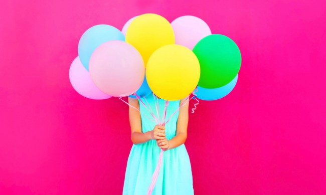 Как цветовете ни правят щастливи или тъжни?