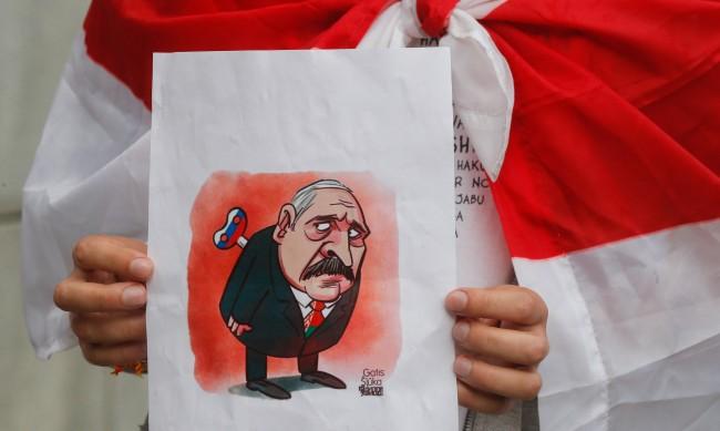 Опозиционери в Беларус: Хората умират в затвора, нужна е една искра да пламне всичко