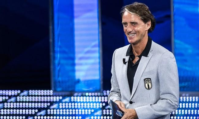 С шоу и шеги: Италия обяви отбора си за Евро 2020