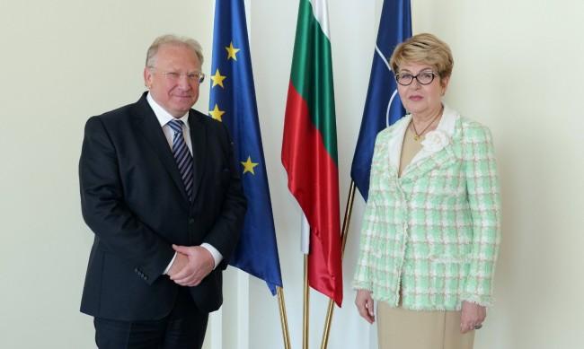 Стоев: С Русия искаме да развиваме прагматични отношения