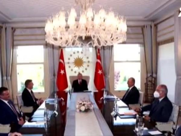 Турският президент Реджеп Ердоган прие делегация на Движението за права