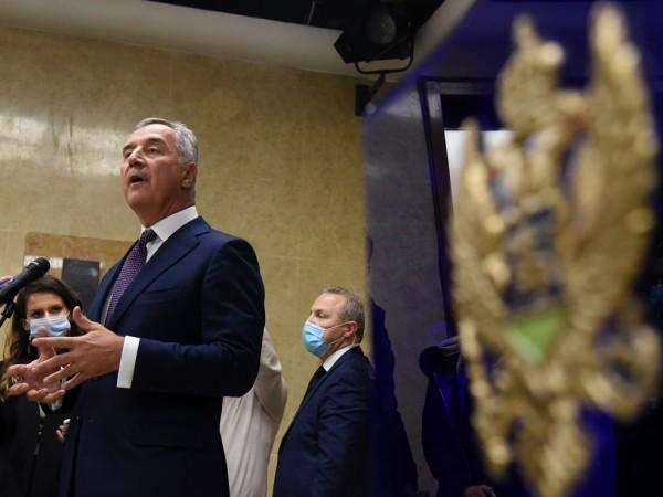 Отношението на Сърбия към Черна гора и към други страни