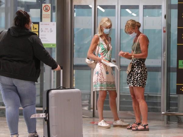 От днес българските граждани ще бъдат допускани при влизане в