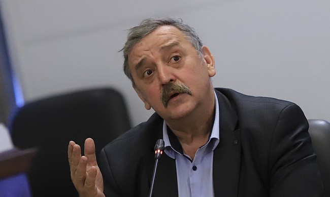 Проф. Тодор Кантарджиев отива в пенсия, от днес не е шеф на НЦЗПБ
