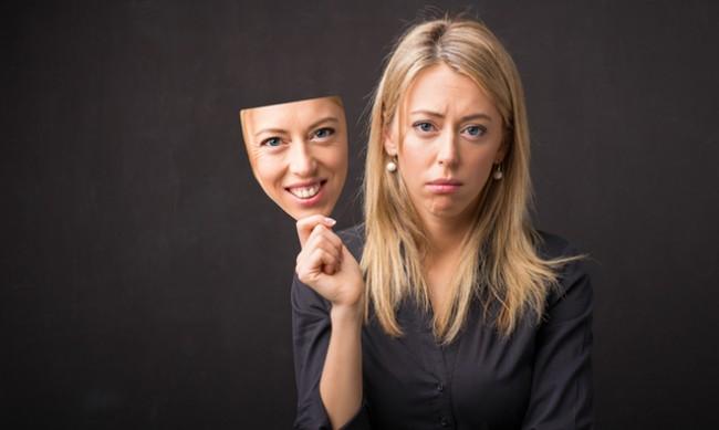 5 знака, че общувате с фалшива личност