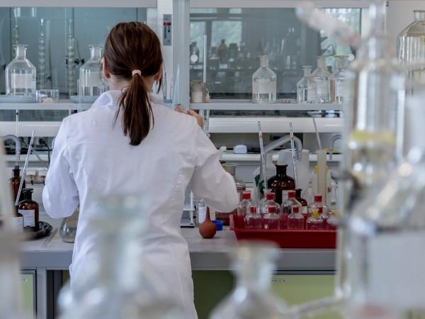 Твърденията, че новият коронавирус се е появил в китайска лаборатория