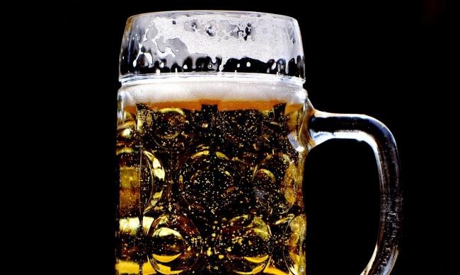 Германия ще трябва да си прибере 22 500 л бира от Афганистан