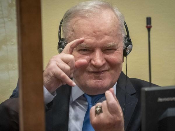 Бившият командир на босненските сърби ген. Ратко Младич ще остане