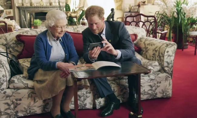 Кралицата и Хари ще обсъждат проблемите на обяд