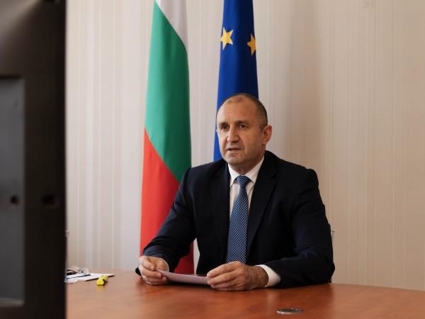 Президентът Румен Радев проведе видеоконферентен разговор с председателя на Европейския