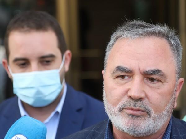Главният държавен здравен инспектор доц. Ангел Кунчев коментира нестихващите протести