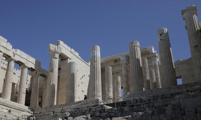"""""""Скандал с глобални размери"""": Нова пътека на Акропола вбеси гърците"""