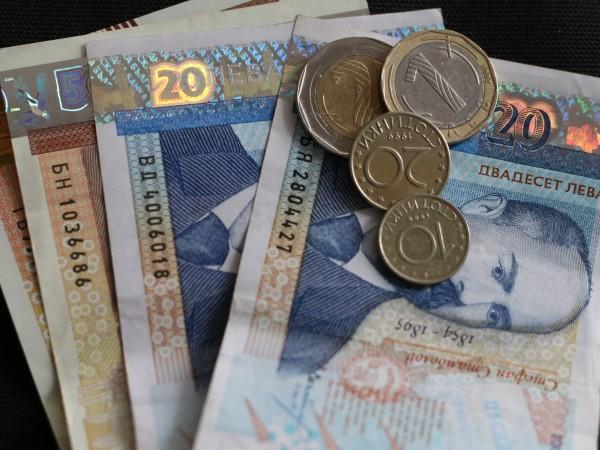 Държавата ще гарантира кредитите на студенти и докторанти с до