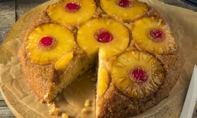 Рецептата Dnes: Кекс с ананас и череши