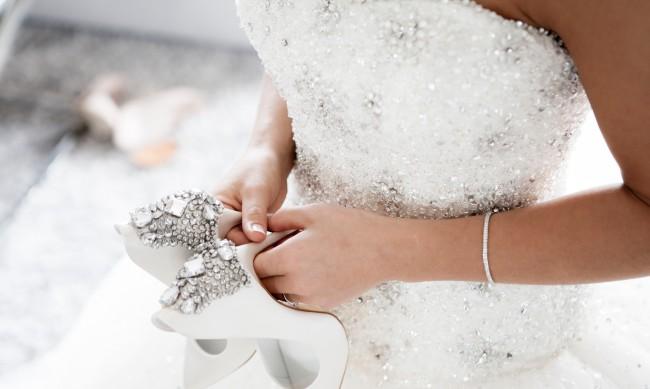 Поли Генова вдигна сватба