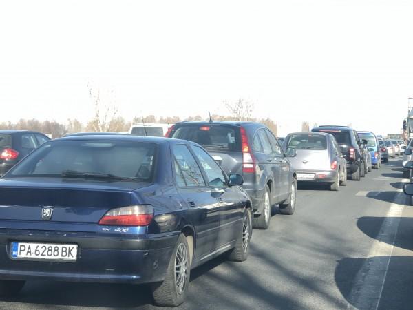 """Тежка катастрофа затруднява движението по магистрала """"Тракия"""". Инцидентът е станал"""