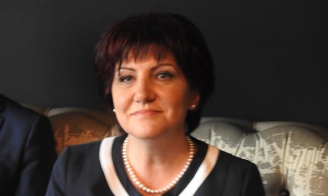 Караянчева: ГЕРБ трябва да спечели, обратното е хаос