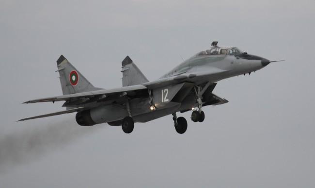 МиГ-29  - изправни самолети, пилотите обаче не летят достатъчно