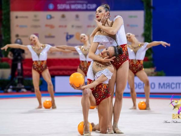 Ансамбълът на България спечели златния медал във финала с пет