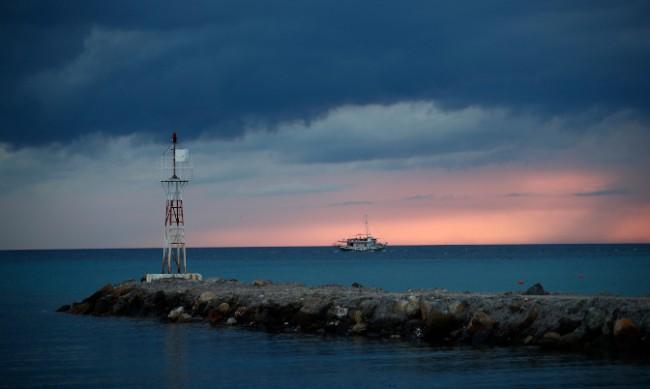 Фериботите в Гърция излизат на 24-часова стачка на 16 юни