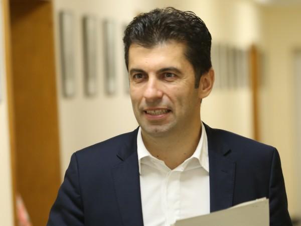 Служебният министър на икономиката Кирил Петков заяви пред журналисти, че