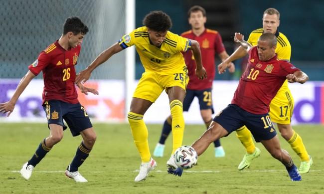 Испания и Швеция завършиха с равенство 0:0