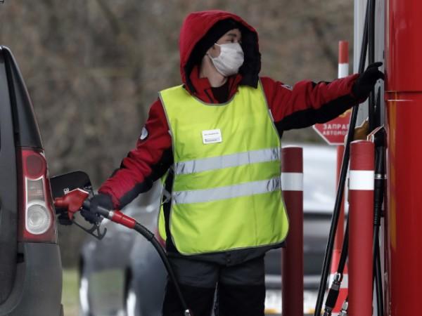 Пожар е избухнал на бензиностанция в руския град Новосибирск, в