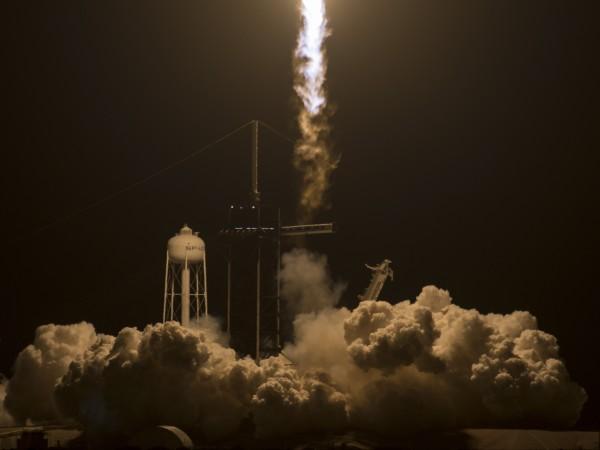 НАСА обяви, че третата пилотирана мисия до Международната космическа станция