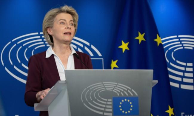Фон дер Лайен: Повече от 300 млн. ваксинации са направени в ЕС