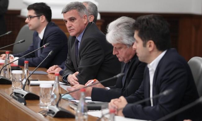 Бойко Рашков: Където се обърнем, е блато, наши служби нямат чувствителност