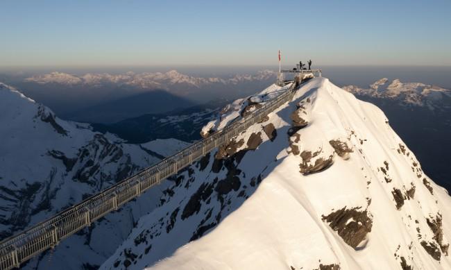 """Каква е мистерията зад """"розовия сняг"""" на Алпите?"""