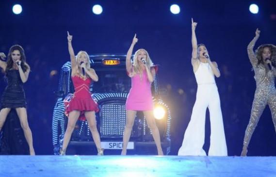 Колекция на Виктория Бекъм събра колежките й от Spice Girls