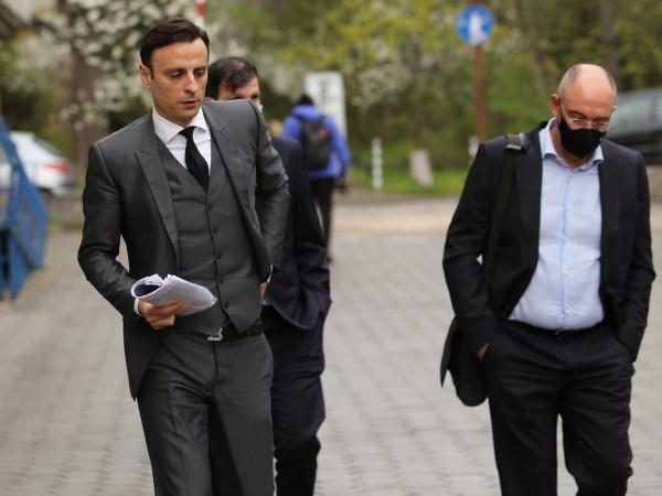 Екипът на Димитър Бербатов за кандидатурата му за президент на