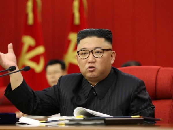 Ким Чен Ун призна, че ситуацията с храните в Северна